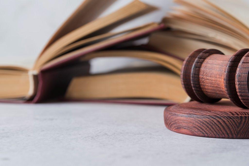 Как плательщику не платить алименты по закону в 2020 году