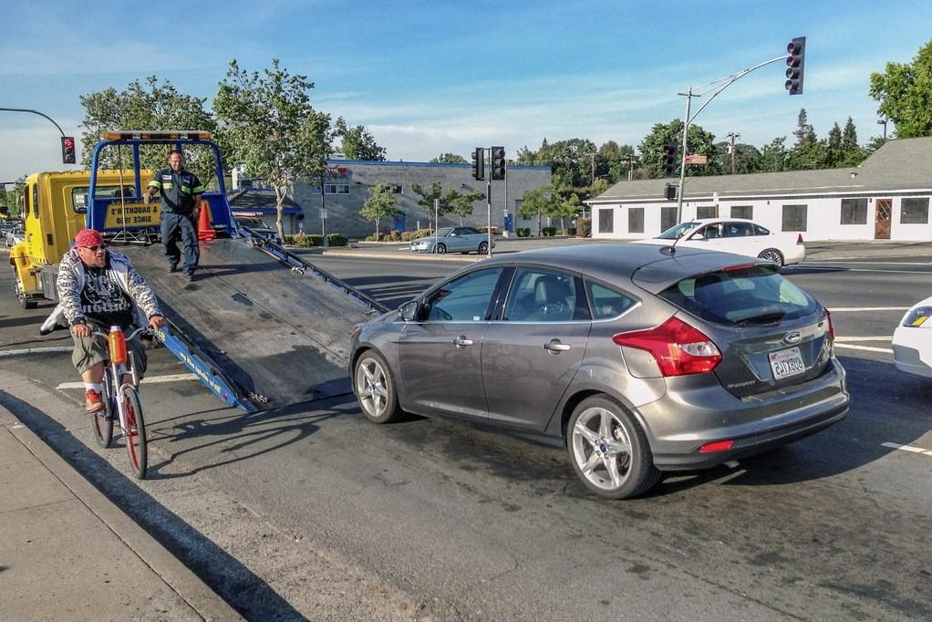 Правила эвакуации автомобиля на штрафстоянку: правила и стоимость в 2019 году