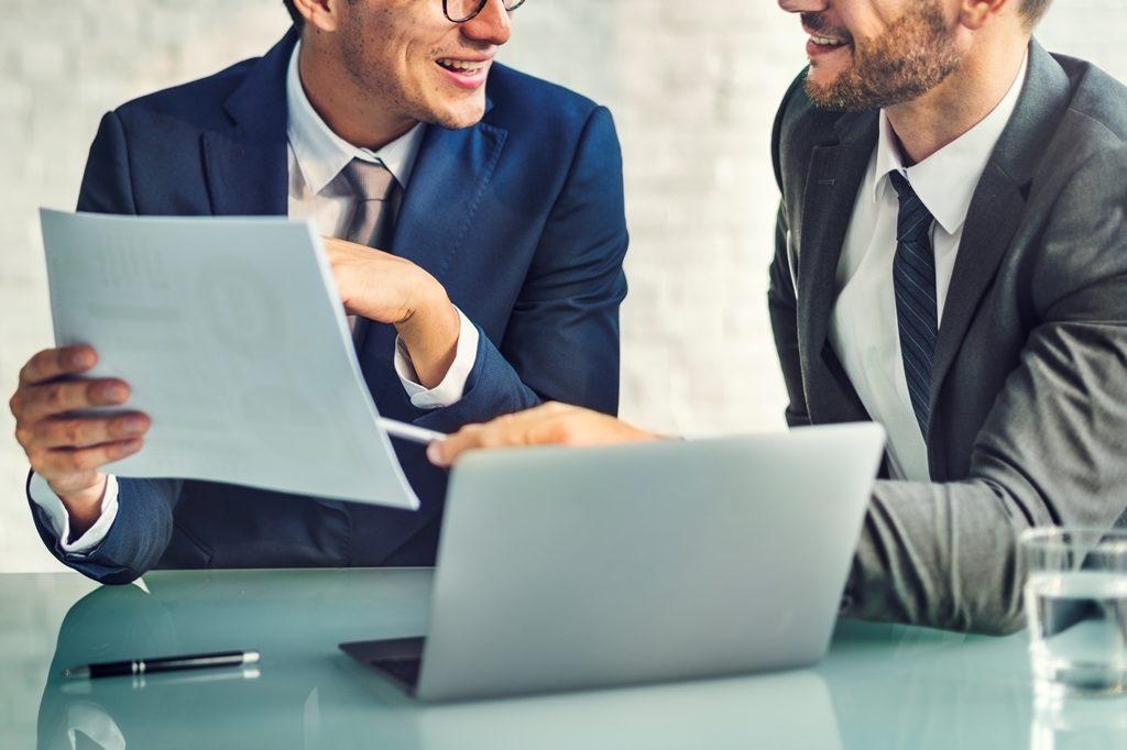Претензия в управляющую компанию: как написать, образец и пример