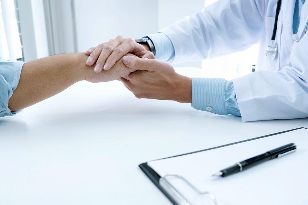 Право застрахованных на выбор врача в системе ОМС: особенности и практическая реализация