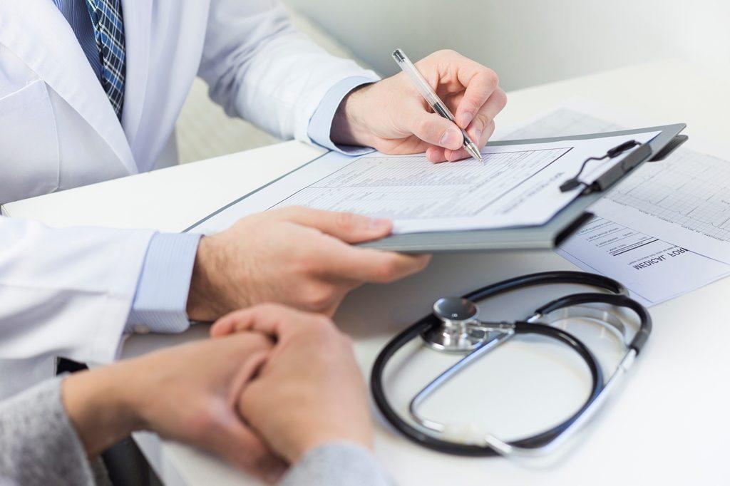 Как закрыть больничный лист: правила закрытия и что будет если не закрывать
